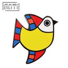 Colorful Bird Lapel Pin Hard Enamel Badge for Suits