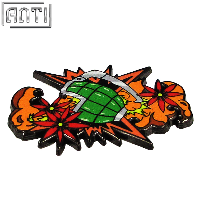 Manufacturer cool pattern green bomb red flower hard enamel black nickel Lapel Pin